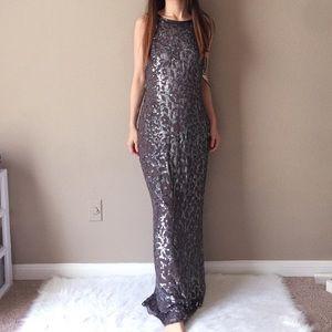 $525 NWT Aidan Mattox 100% silk sequin maxi dress